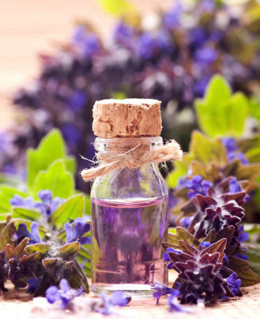 lavender essential oil for great smelling clothes