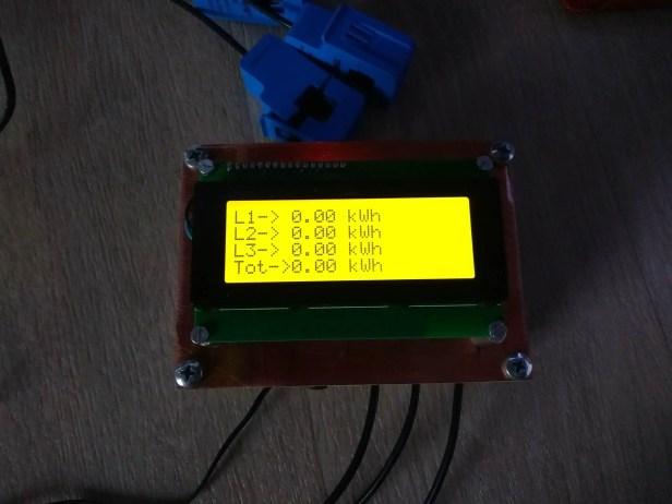 Simple 3 Phase Arduino Energy Meter kWh Screen