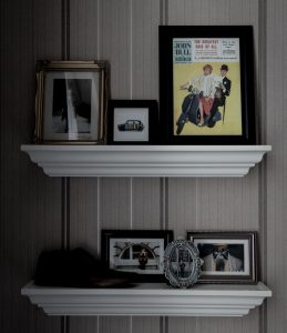 picture frame shelf trim