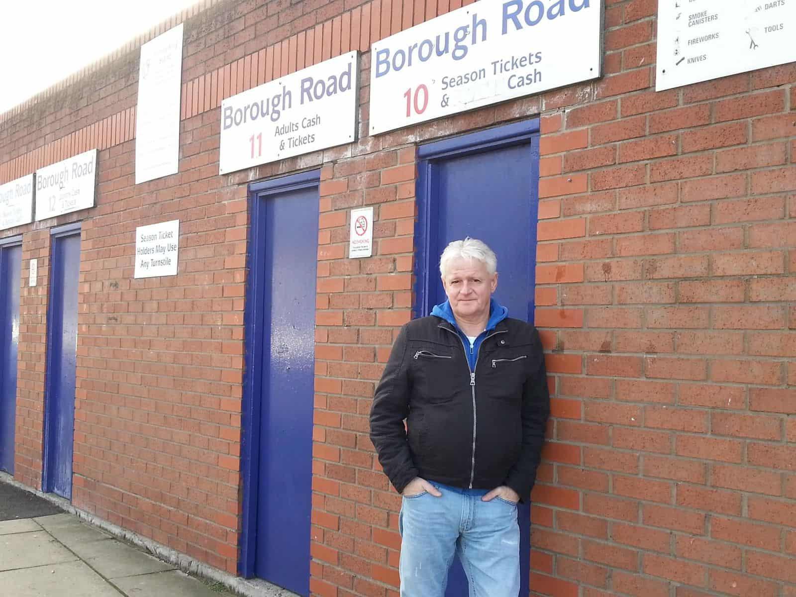Der Hildener in seinem Element - auf einem englischen Football Ground