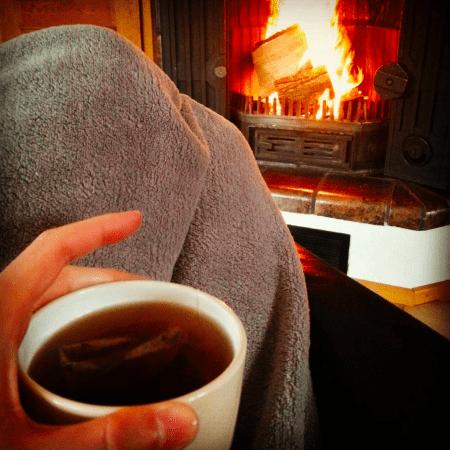 Trainingspause: Du hast eine fiese Erkältung, dann ab mit Tee aufs Sofa statt aufs Laufband