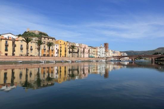 Fit auf Sardinien in der schöne Stadt Bosa