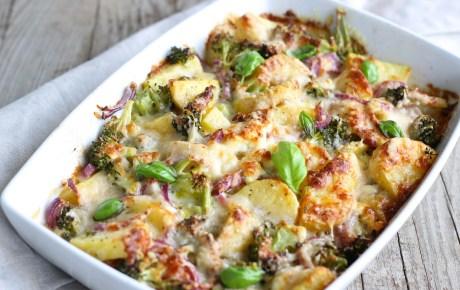 Veganer Kartoffel-Kürbis-Apfel-Auflauf