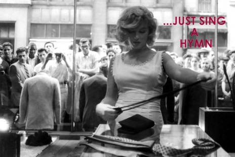 Marilyn_Monroe_shopping