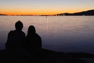 Intimate couple © Lijuan Guo | Dreamstime.com