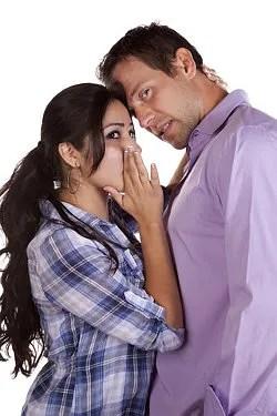 A couple conspires to lie © Alanpoulson | Dreamstime.com