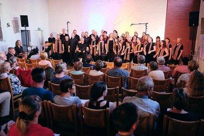 UNICEF Benefizkonzert - Gemeinsamer Auftritt der Gospel Passengers und Prohlis Gospel Singers