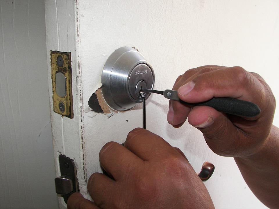 Locksmith Services 2