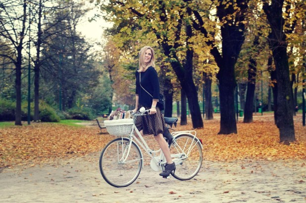 Filippa Lagerback on bicycle smile