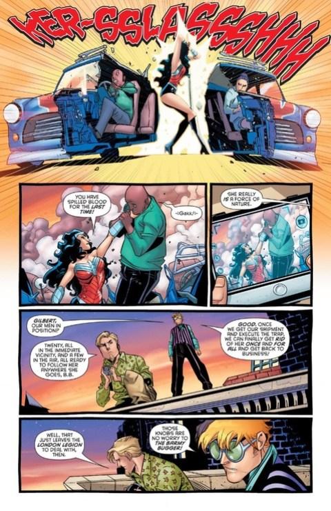 Wonder Woman slices the Mini