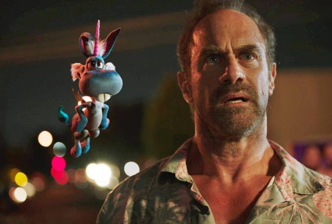 Happy and Christopher Meloni in Syfy (US)'s Happy!