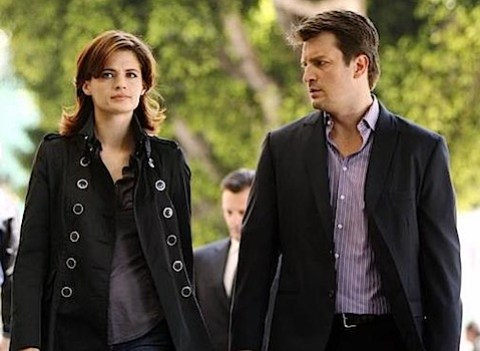 Stana Katic and Nathan Fillion on Castle.jpg