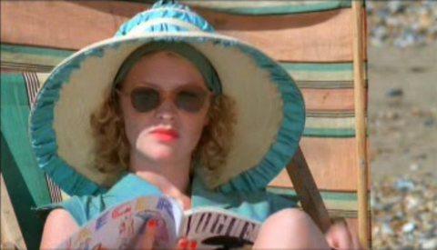Joanna Page as Zoe in The Cazalets