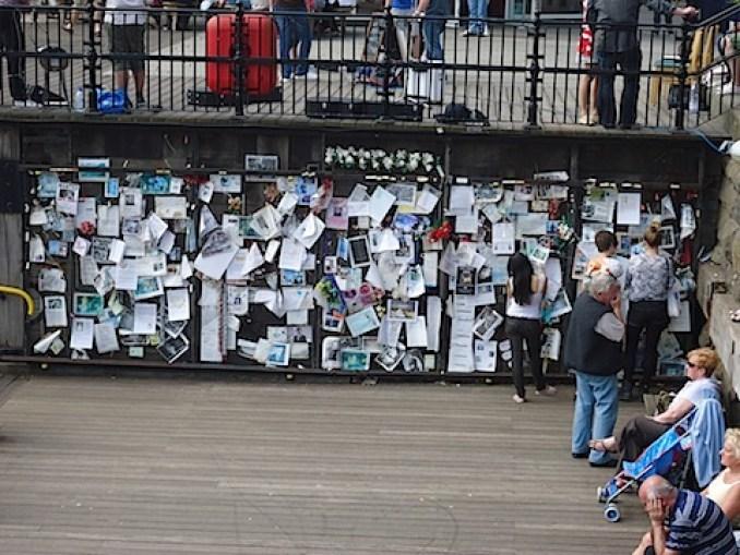 The Ianto Jones memorial