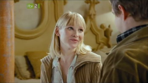 Joanna Page and Martin Freeman in Love, Actually