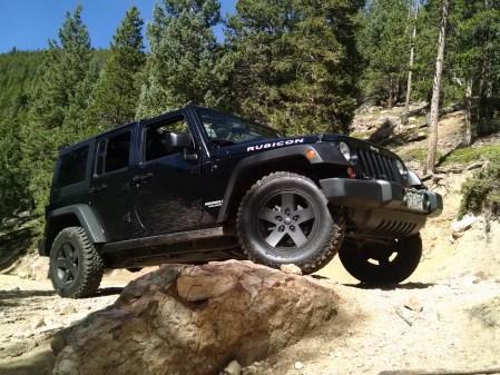 jeep a pose