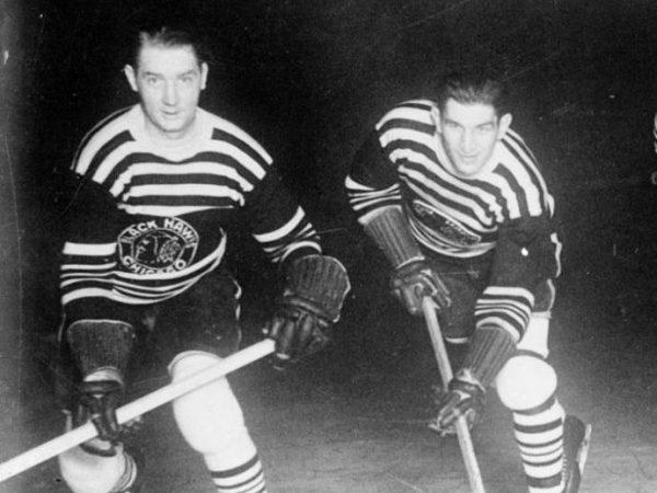 8830829f The Rink 1934-Blackhawks-e1535120615137 Blackhawks Tease 2019 Winter Classic  Logo Winter Classic Jerseys