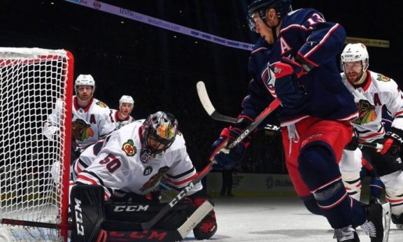 The Rink Dp_bR0OXQAED84a-e1540086814903 RECAP: Blackhawks Steal a Win in Columbus Corey Crawford Columbus Blue Jackets Chicago Blackhawks Blue Jackets Blackhawks