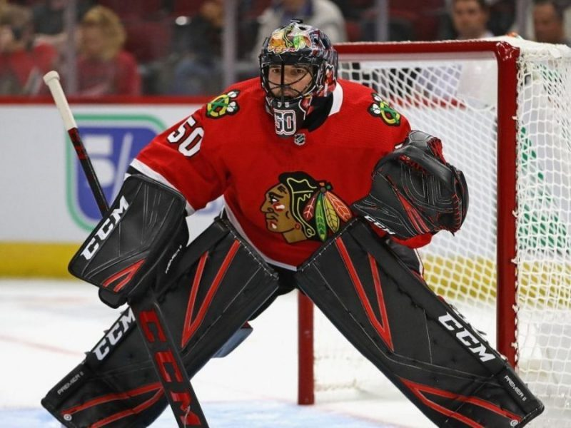 Blackhawks' Corey Crawford deemed 'unfit to play' on day one of camp
