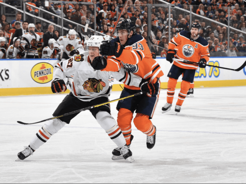 Blackhawks at Oilers/Round 1 Play-In Preview