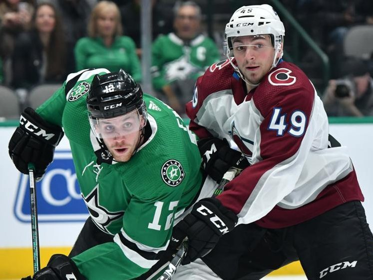Avalanche, Francouz shut out the Stars 4-0 in second round-robin game