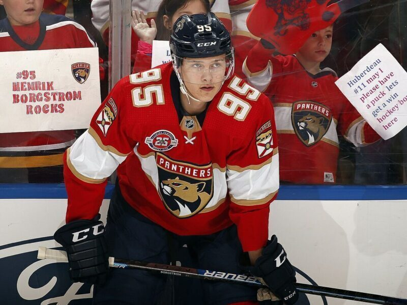 Blackhawks complete six-piece trade with Florida Panthers