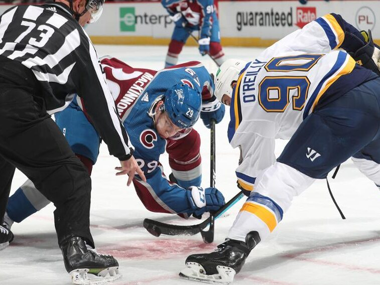 Avalanche beat Blues 5–1 in Game 3, look to advance Sunday