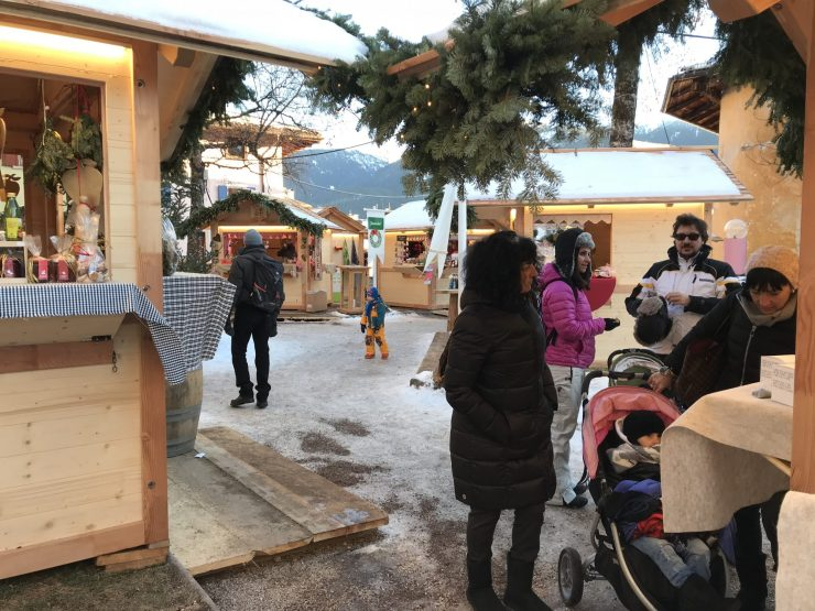 Mercatino di Natale in Cavalese- Photo by The-Ski-Guru