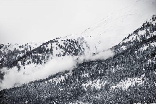 Avalanche danger - Photo by Caspar Rubin - Unsplash