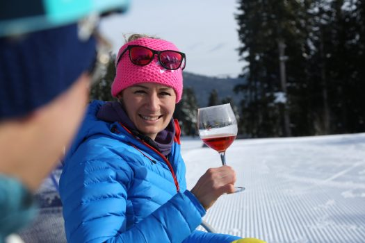 A pit-stop while skiing to have a drink - Photo by: Azienda per il Turismo Folgaria Lavarone Lusérn