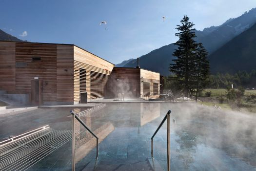 Infinity pool at the QC Terme in Chamonix.