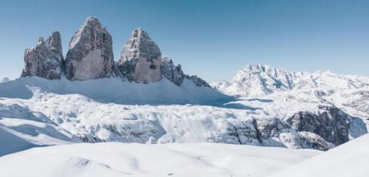 View of the Drei Zinnen/Tre Cime di Lavaredo. Drei Zinnen ski area - Copyright: 3 Peaks Dolomites. 3 Peaks Dolomites will link its resort to Östirol in Austria for the 21/22 ski season .