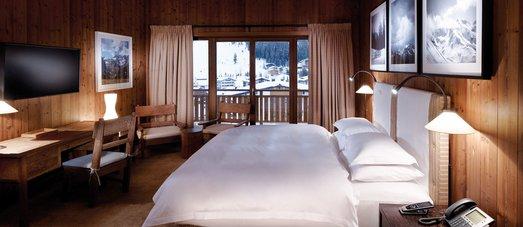 Hotel Aurelio double room. Photo: Hotel Aurelio- The Must-Read Guide to Lech.