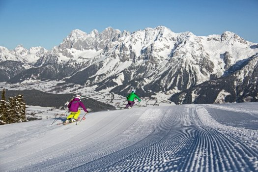 A glance into the future:  First ski and snowboard helmet with Augmented Reality is being tested in Schladming-Dachstein