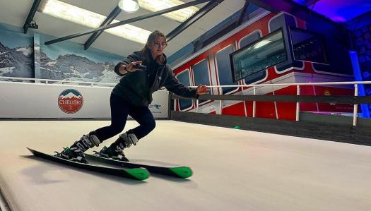 Chel-Ski in Chelsea, London. Photo courtesy of Ridestore Magazine. A Quick Guide to Indoor Skiing & Dry Slopes In The UK.