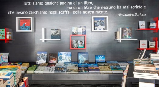 Skyway Monte Bianco. La Feltrinelli at 3,466 m. Photo Lorenzo Passioni. A Feltrinelli bookshop at an altitude of 3466: Europe's highest bookshop opens on Mont Blanc
