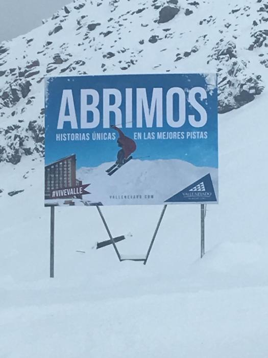 Sign of Valle Nevado stating they are open. Photo: Chino Martinez. A Day Trip to Valle Nevado from Santiago City.