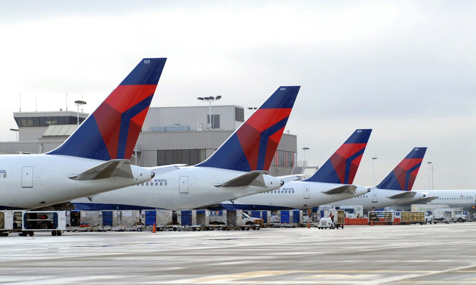Delta slashes price of overlarge sports gear.