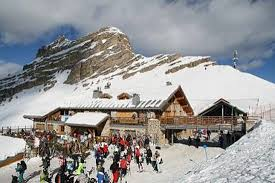 Rifugio Stoppani in the Grosté area of Madonna di Campiglio. The Ski Area Campiglio Dolomiti di Brenta is opening its 2019/20 ski season. News of the resort.