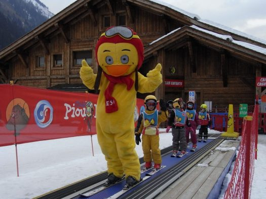 Les Planards. ESF Chamonix. The beginners' and kids' magic carpet. Photo: ESF Chamonix. Must-Read Guide to Chamonix.