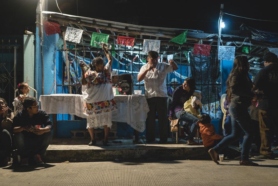 Doña Margarita celebrando el Día de la virgen de guadalupe