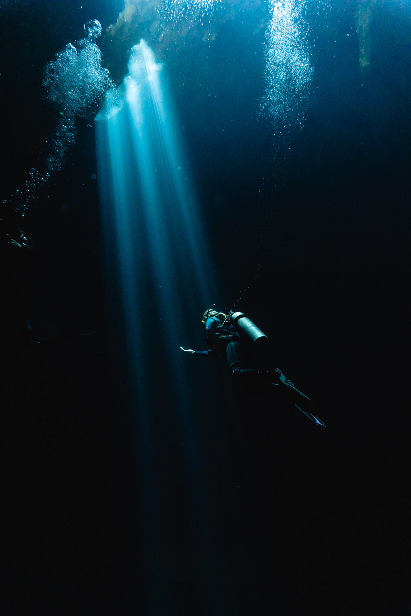 """Light entrance at Cenote """"El Pit"""" (sinkhole) north of Tulum. Shot with Sony Alpha + Ikelite Housing"""