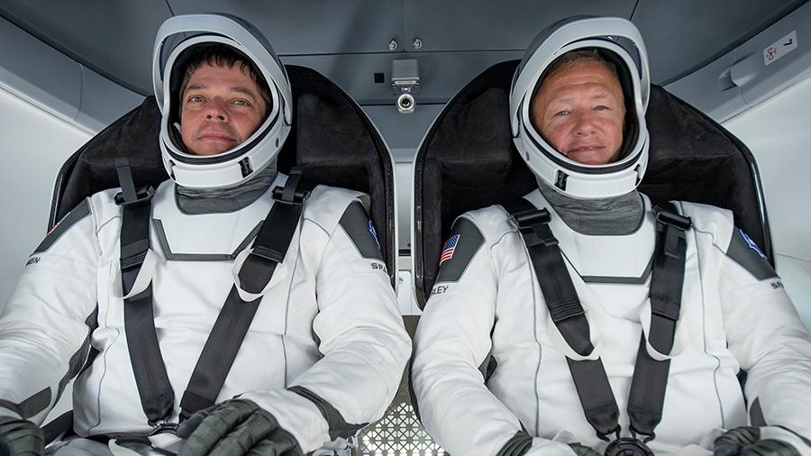Los astronautas regresaron a Florida el domingo