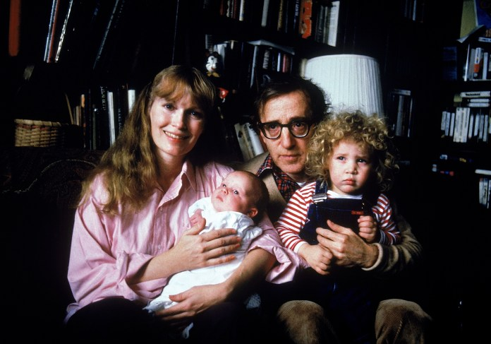 Actress Mia Farrow w. longtime boyfriend, director Woody Allen, their son Satchel and adopted daughter Dylan in 1987