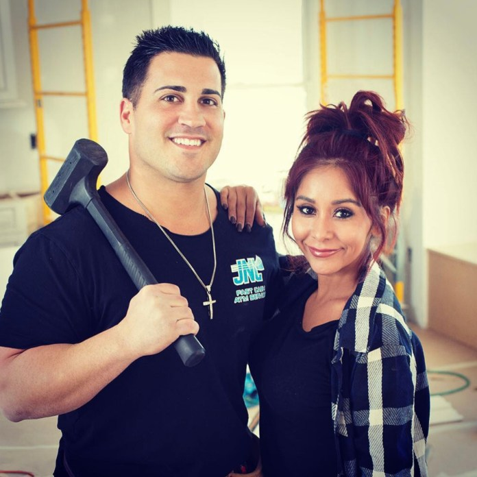 Snooki married her husband Jionni LaValle in 2014