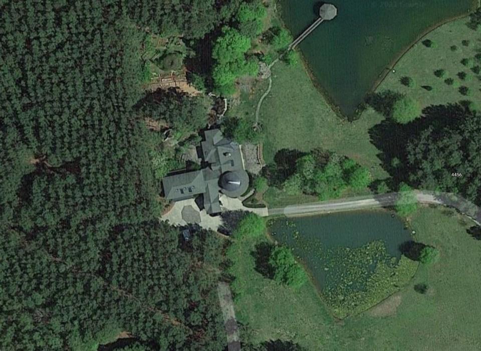 Adams killed the Lesslie family at their York County, South Carolina, residence