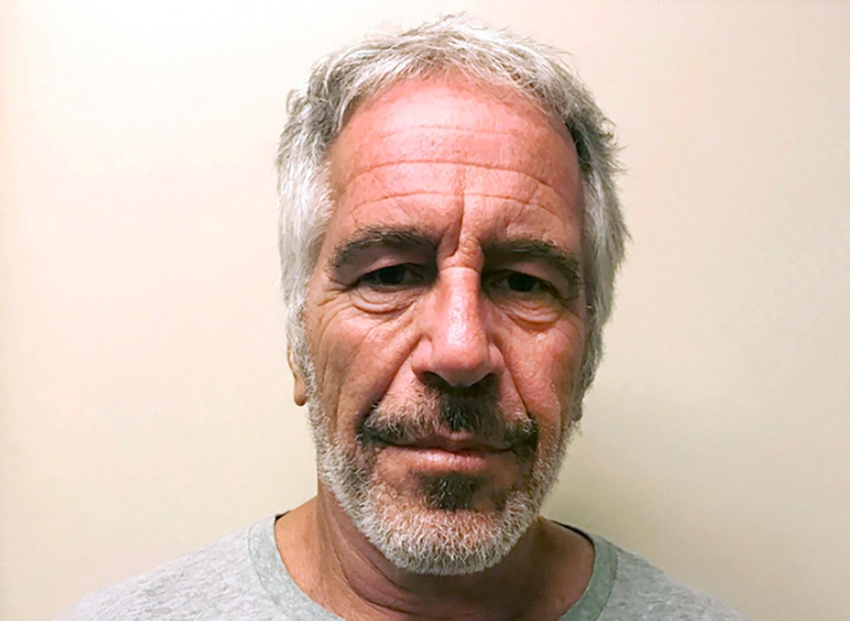 Gates a rencontré Epstein pour la première fois en 2011 – trois ans après que le financier eut plaidé coupable d'avoir sollicité une mineure