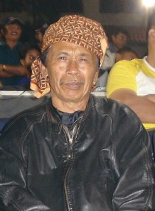Coach-with-ex-Benjang-champ-Mohammed-Gani
