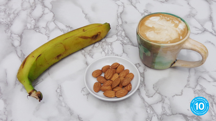 weight-loss snack - Banana and almonds & a latte