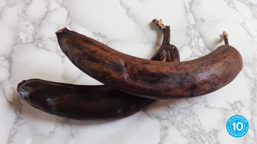 Healthy banana muffin recipe - disgusting brown banana